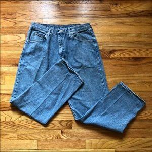 Wrangler Vintage High Waisted Mom Jeans Size 34